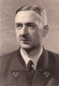Foto: Dr. <b>Fritz Moser</b> (1941) während seiner Zeit im Widerstand in Wien - Griesk_5_Moser